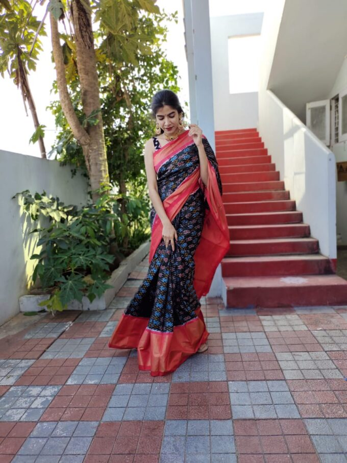 Double Weaving Ikkat design saree black and red is-1678